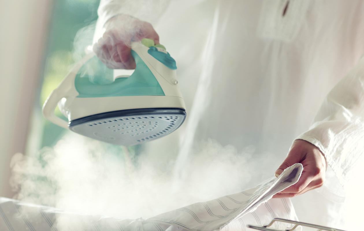 Como-limpiar-tu-plancha-a-vapor